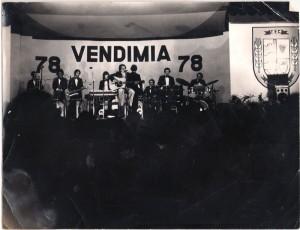 Foto-Poncho--Vendimia-1978